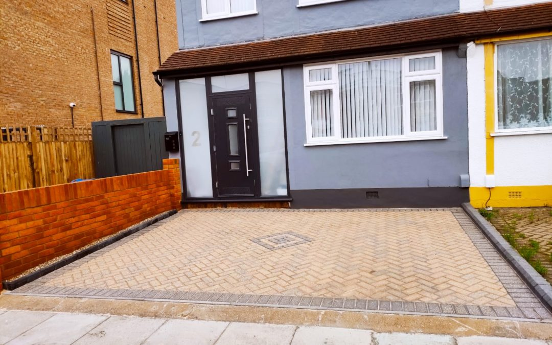Driveway Jet Wash and Re-Sand in New Malden